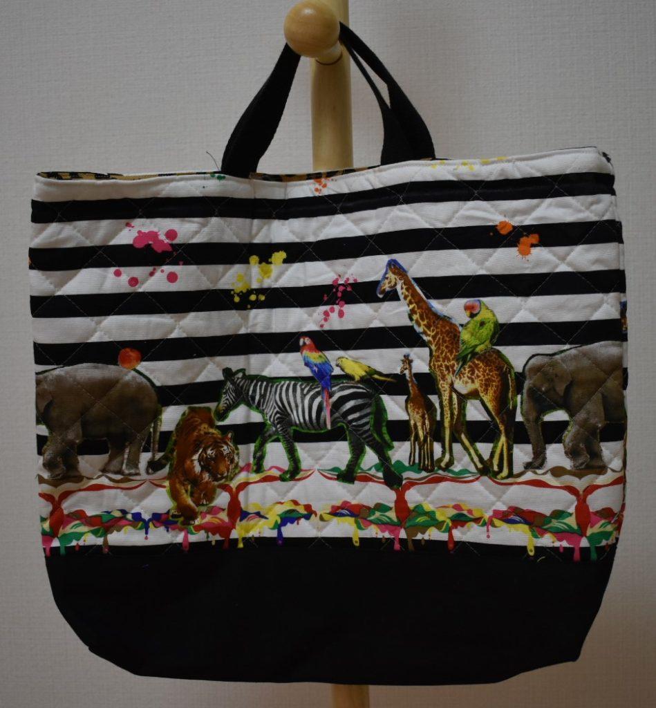 動物とペンキ柄のレッスンバッグ