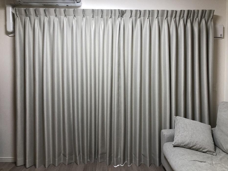 リビングに付けたテキスタイルデポのカーテン