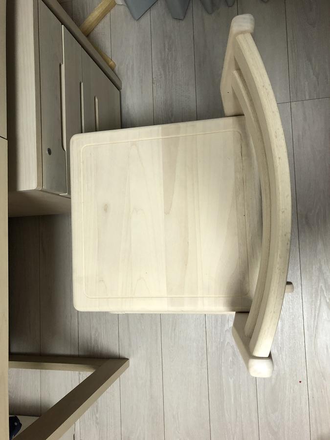 堀田木工学習机の椅子