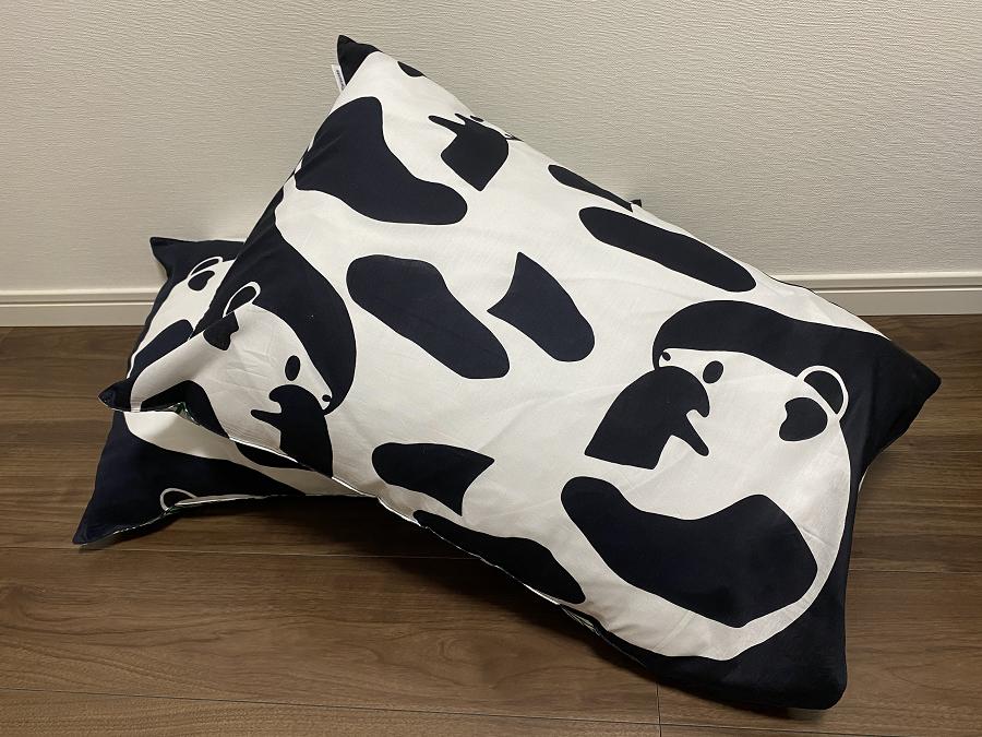 フィンレイソンのアヤトスのパンダ柄の枕